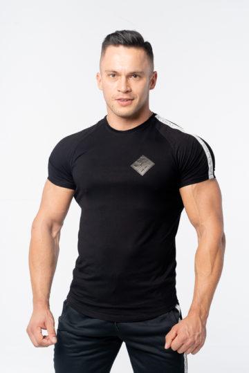 koszulka slim fit sportowa